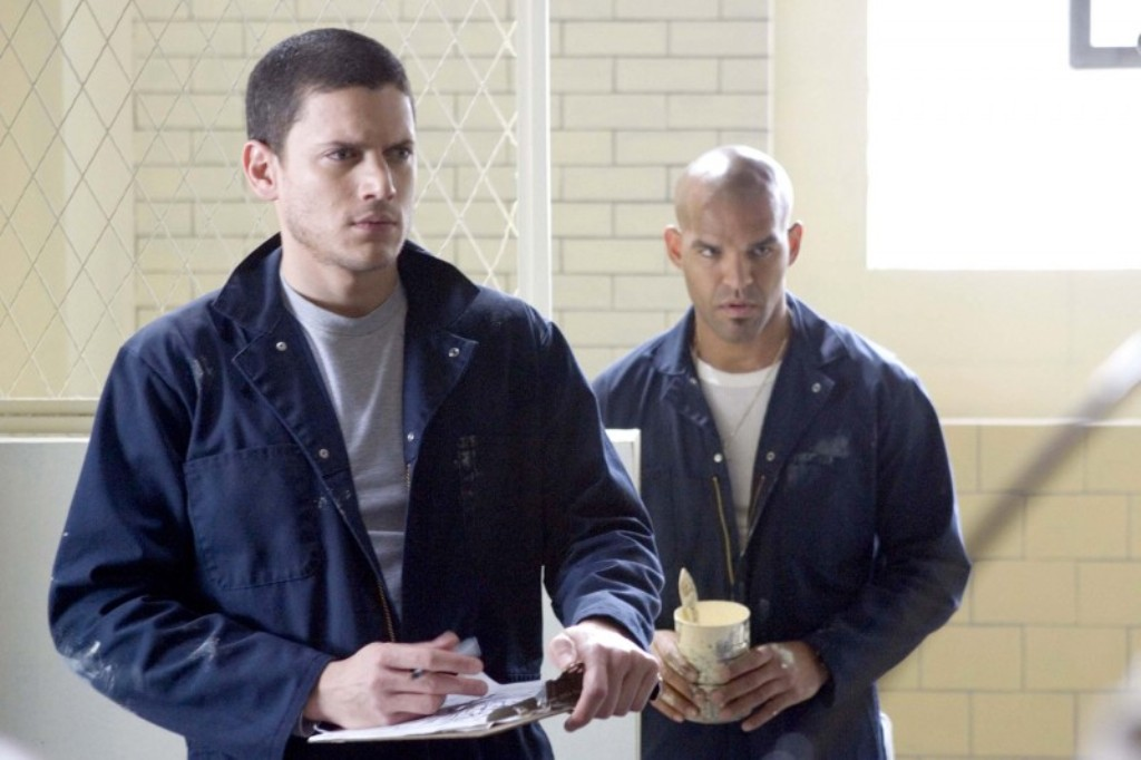 Behind the prison break reunion on the flash